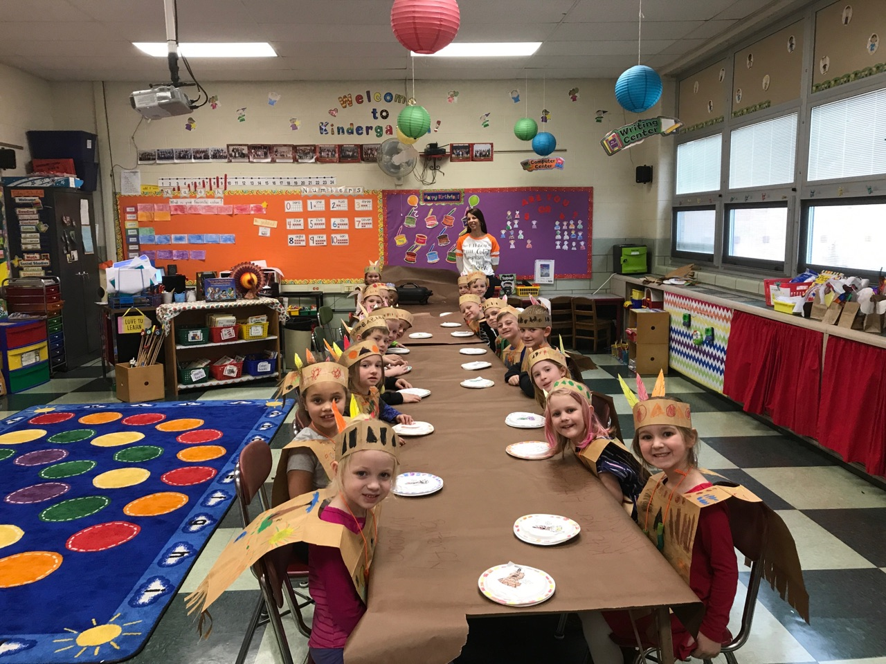 Mrs Mattle's Class celebrated with the Native Americans with a Kindergarten feast!
