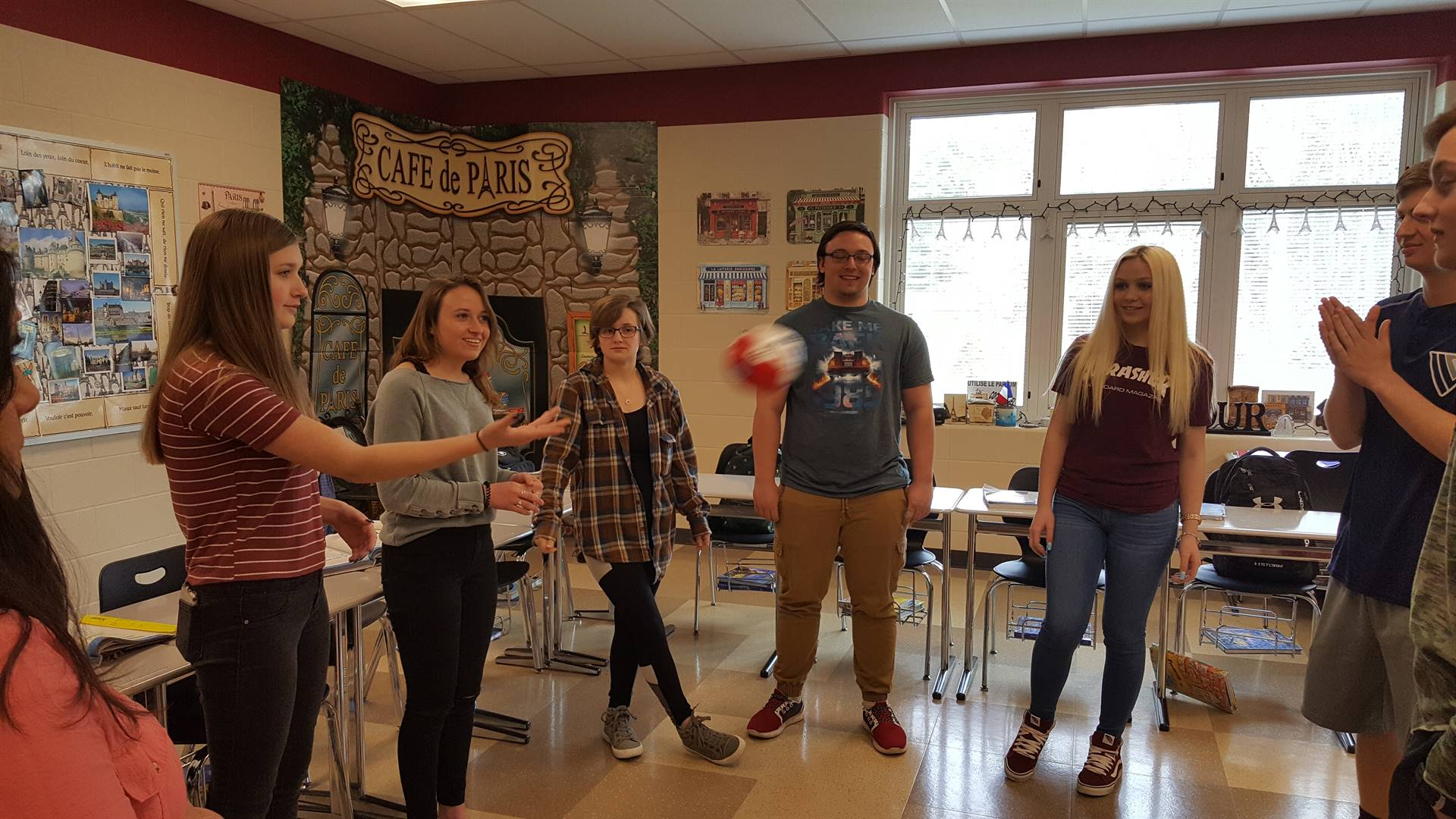 Madame Campensa's French 3 practicing verbs in the past tense.