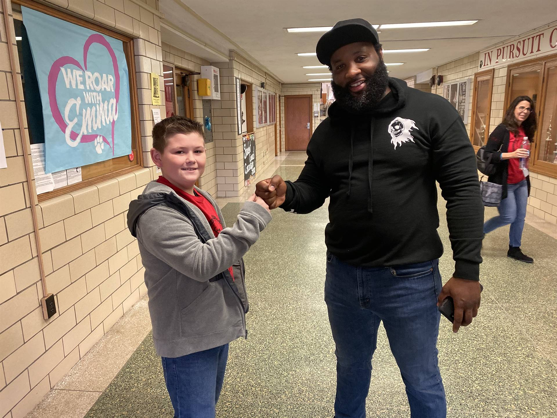 Elec Simon making connections with our students.