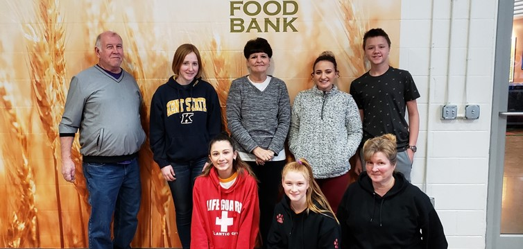 Our Key Club Volunteering at The Akron Food Bank