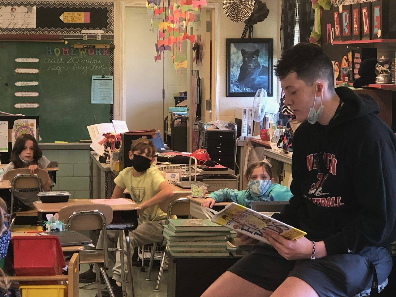 Senior, Phillip Wallace, popped in to the 3rd grades at NES as a guest reader for Right-to-Read Week